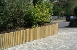 Front Drive Hassocks